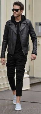 19 Adorable Ways To Wear A Leather Jacket For Men 10
