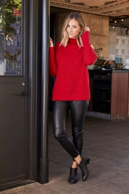 20 Delightful Christmas Outfit Ideas 07