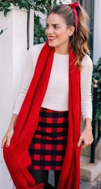 20 Delightful Christmas Outfit Ideas 21