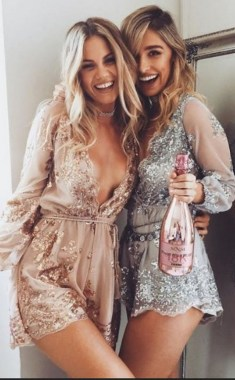 20 Lovely Birthday Outfits Ideas For Winter 14