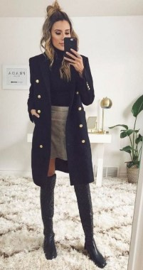 21 Charming Outfits Ideas For Winter 21