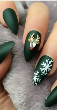 21 Free Nail Art Jazz Up Your Nails For The Party Season New 2019 05