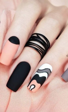 21 Free Nail Art Jazz Up Your Nails For The Party Season New 2019 08