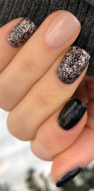 21 Free Nail Art Jazz Up Your Nails For The Party Season New 2019 16