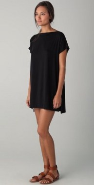 25 Gorgeous Little Black Summer Dress Ideas 03