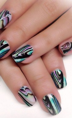 20 Be Unique With These Water Marble Nail Art 11