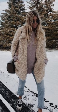 20 Women Winter Outfit Trends For 2020 17