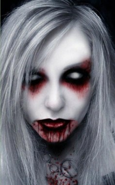 21 Pretty But Scary Clown Makeup For Teen Girls 13