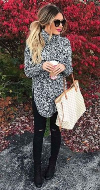 22 Thanksgiving Outfit Trends For Women You Should Try 03