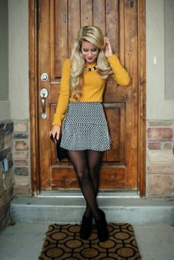22 Thanksgiving Outfit Trends For Women You Should Try 09