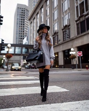 22 Ways To Combine Winter Boots And Sweaters 14