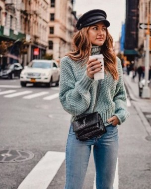 23 Top Crochet Fashion Share Their Go To Winter Styling Tips 07