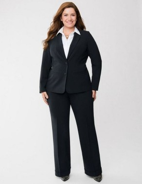 24 Things A Curvy Woman Must Consider When Choosing Outfit For Work 04