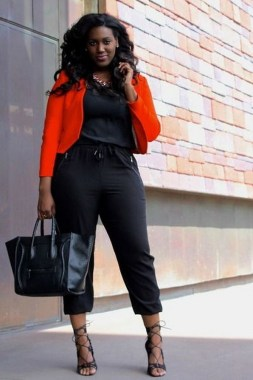 26 Awesome Dark Colour Outfit Ideas For Curvy Women 02