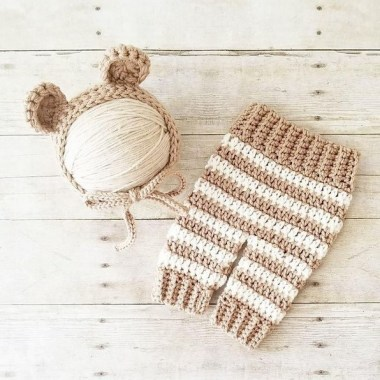 26 Free Precious Crochet Newborn Dress Patterns 01