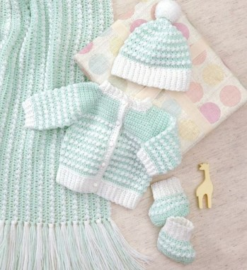 26 Free Precious Crochet Newborn Dress Patterns 24