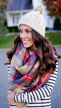 26 Must Have Winter Accessories For Your Closet 04
