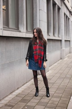 27 Colorful Thanksgiving Holiday Outfits For Teens 28