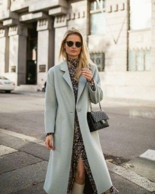 27 How To Look Professional With Warm Winter Outfits 20