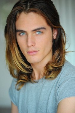 28 Trendiest Long Hairstyle Ideas For Men 10