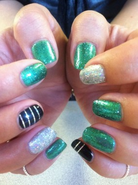 29 Beautiful And Luxurius Nail Design For Party 23