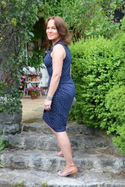 29 How To Choose Casual Dresses For Women Over 40 Years Old 33 1