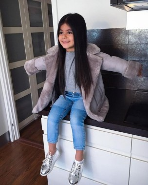 29 Winter Kid's Outfits For Any Events 10