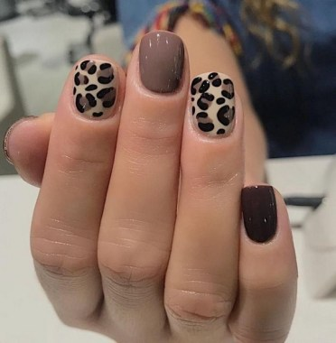30 Are You A Beginner Polish Your Nails With These Easy Nail Art 01