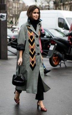 33 Fashionable Winter Coats From Paris Fashion Week 22