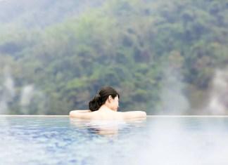 Fotos de Japón, mujer en un onsen