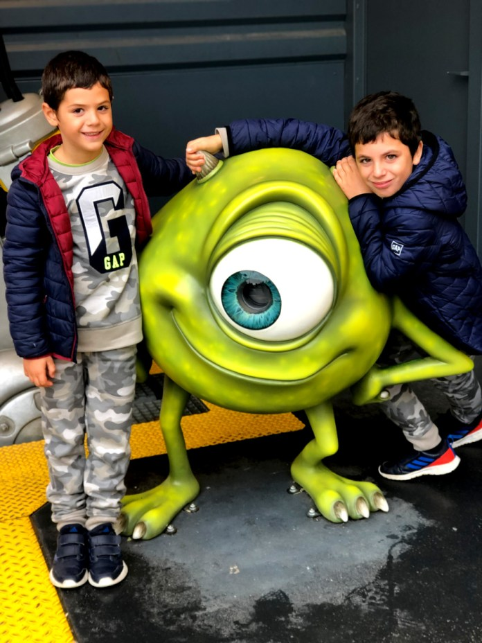 Teo y Oriol Disneyland Paris