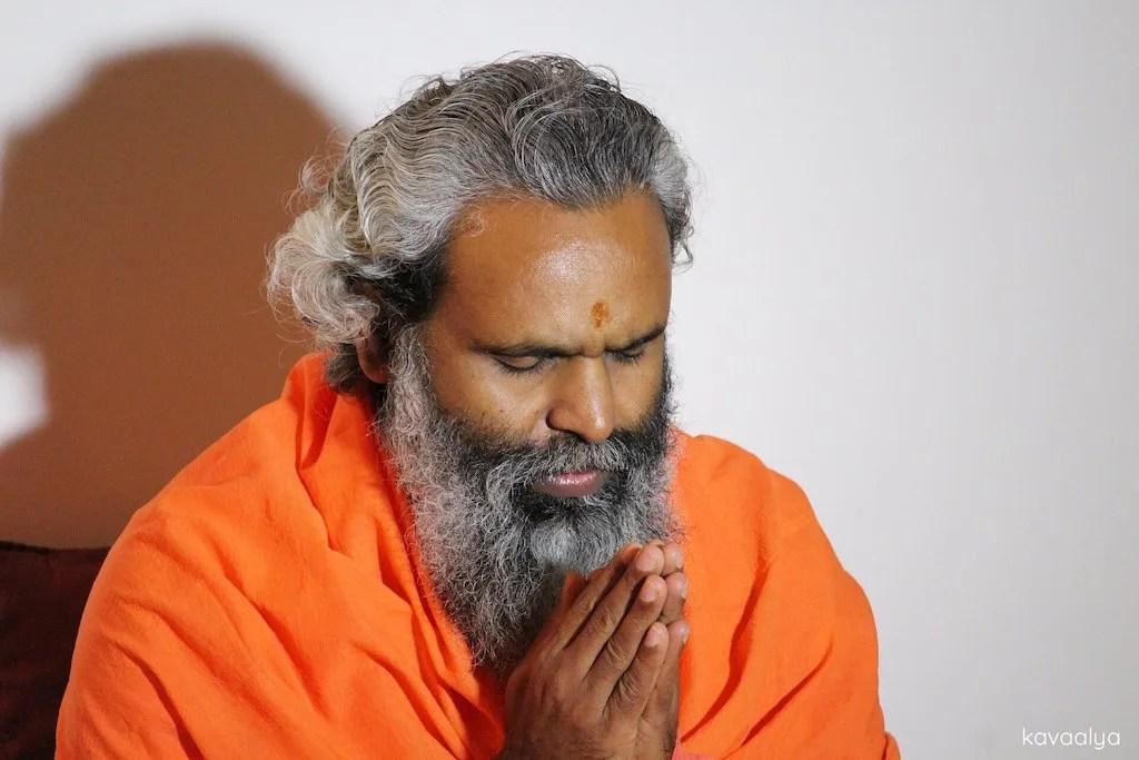 Profesor de yoga en India