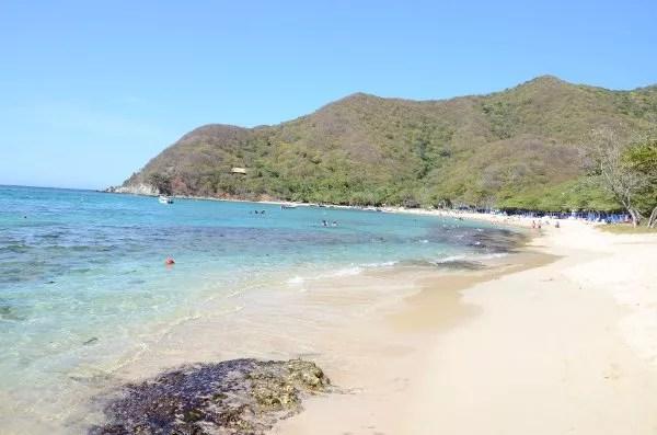 Arena blanca en la Playa Cristal del PNN Tayrona