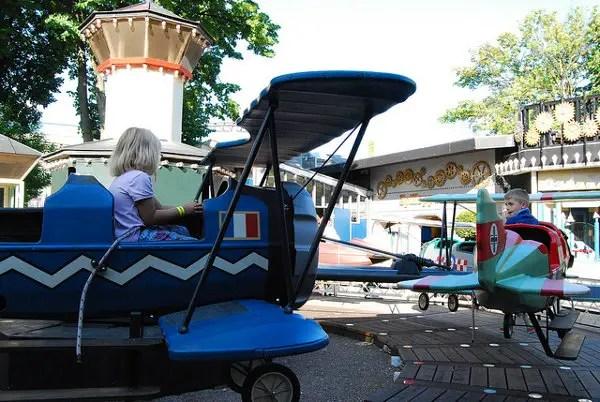 Aviones en el Tivoli