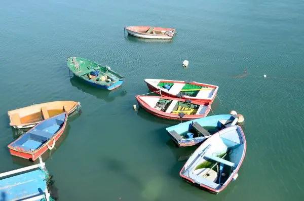 Barcas de pescadores en Santurtzi