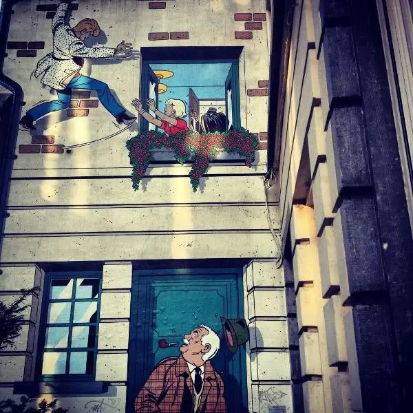 Casa decorada con una viñeta de cómic en Bruselas
