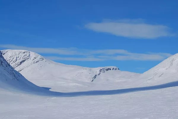 El valle Tjäktjavagge en Laponia Sueca