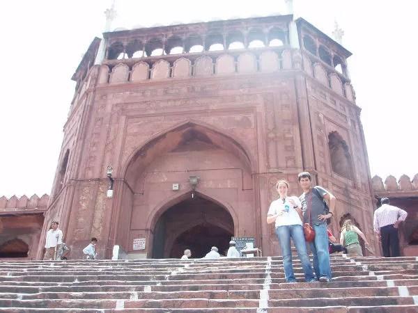En la escalinata de Jama Masjid