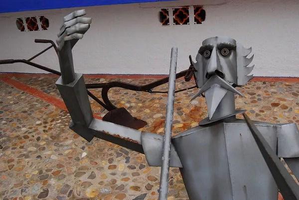 Escultura de Don Quijote por Eloy Teno