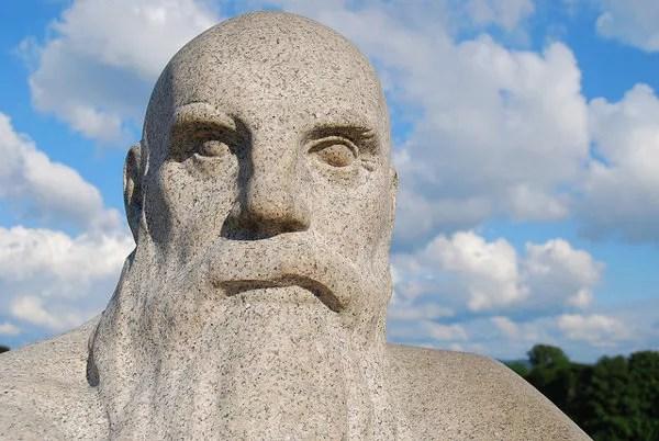 Escultura del parque de las estatuas de Oslo