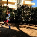 Fotos Salou, Teo en la tirolina de BoscAventura
