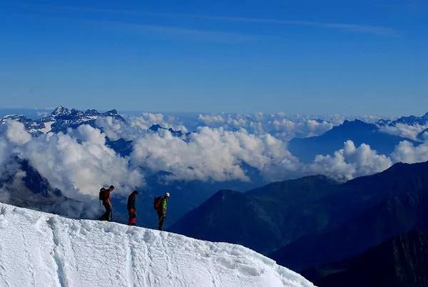 Fotos de Aiguille du Midi en Francia, valientes alpinistas