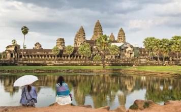 Fotos de Angkor Wat en Camboya, chicas mirando