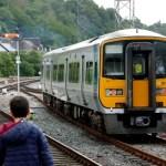 Fotos de Cork en Irlanda, Teo y el tren