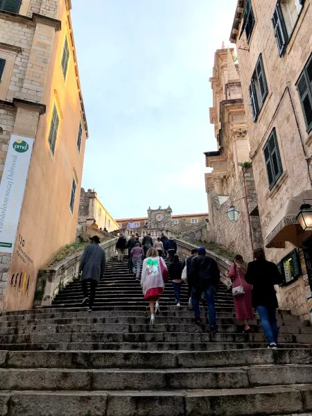 Fotos de Dubrovnik en Croacia, escalera walk of shame