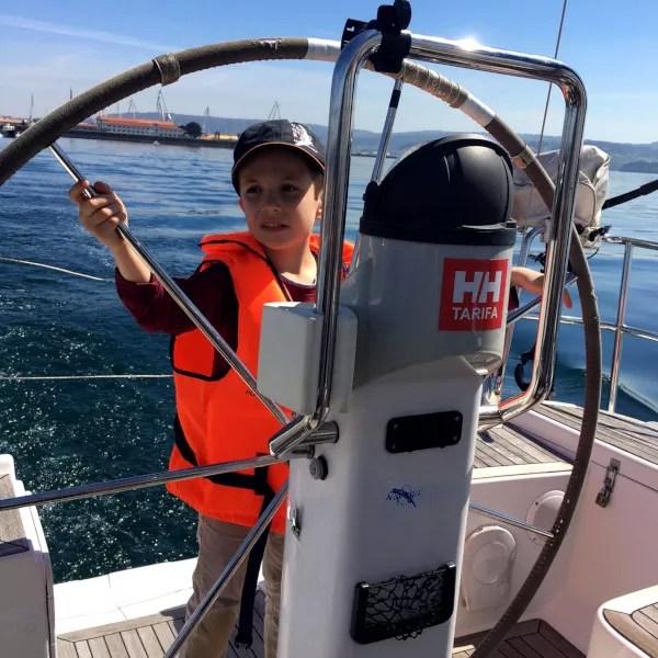 Fotos de Ferrol en Galicia, Juanito en el velero