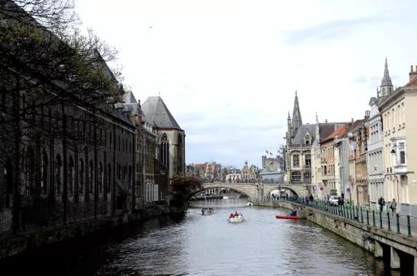Fotos de Gante en Flandes, río y puentes
