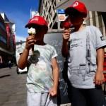 Fotos de Nantes en Francia, Teo y Oriol helados