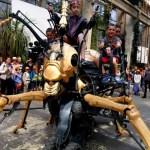 Fotos de Nantes en Francia, Teo y Oriol hormiga mecanica