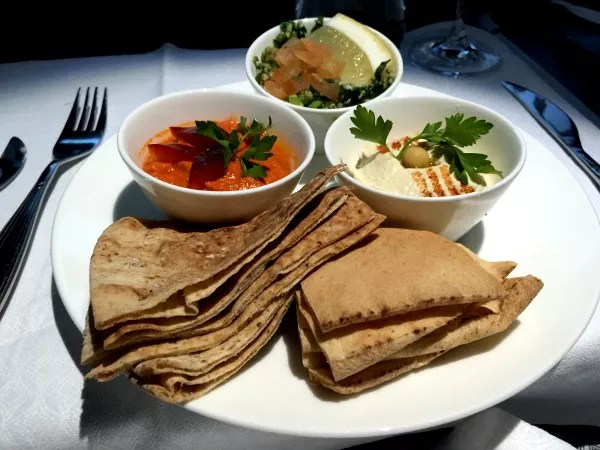 Fotos de Qatar Airways, comida a bordo